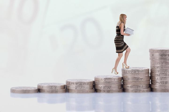 販売員として年収アップするためには?転職活動における希望年収の考え方。