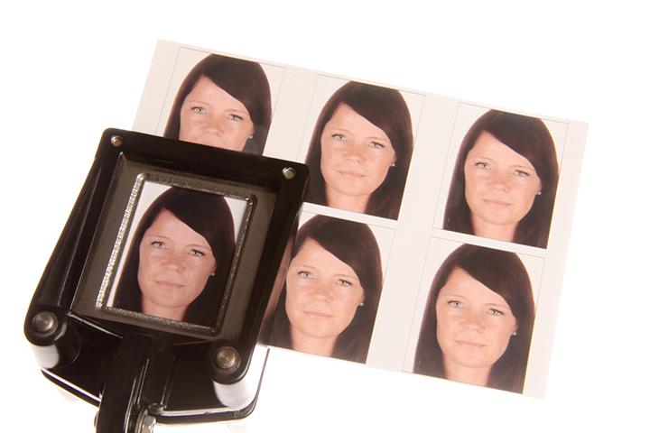 ファッション業界での転職は「履歴書用写真」のセンスも重要な判断基準?
