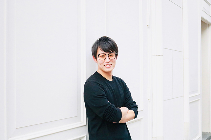 すべての製品を、その場でパーソナライズ。ブランドと顧客の共創関係を生み出す、注目のファッションテック|YR JAPAN取締役/CMO小林翔太さんインタビュー