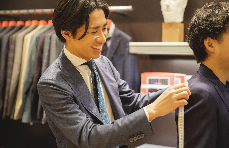 「お客様の想像を超えるものを提供したい」イザイア伊勢丹新宿店テーラー水貝脩平さんインタビュー