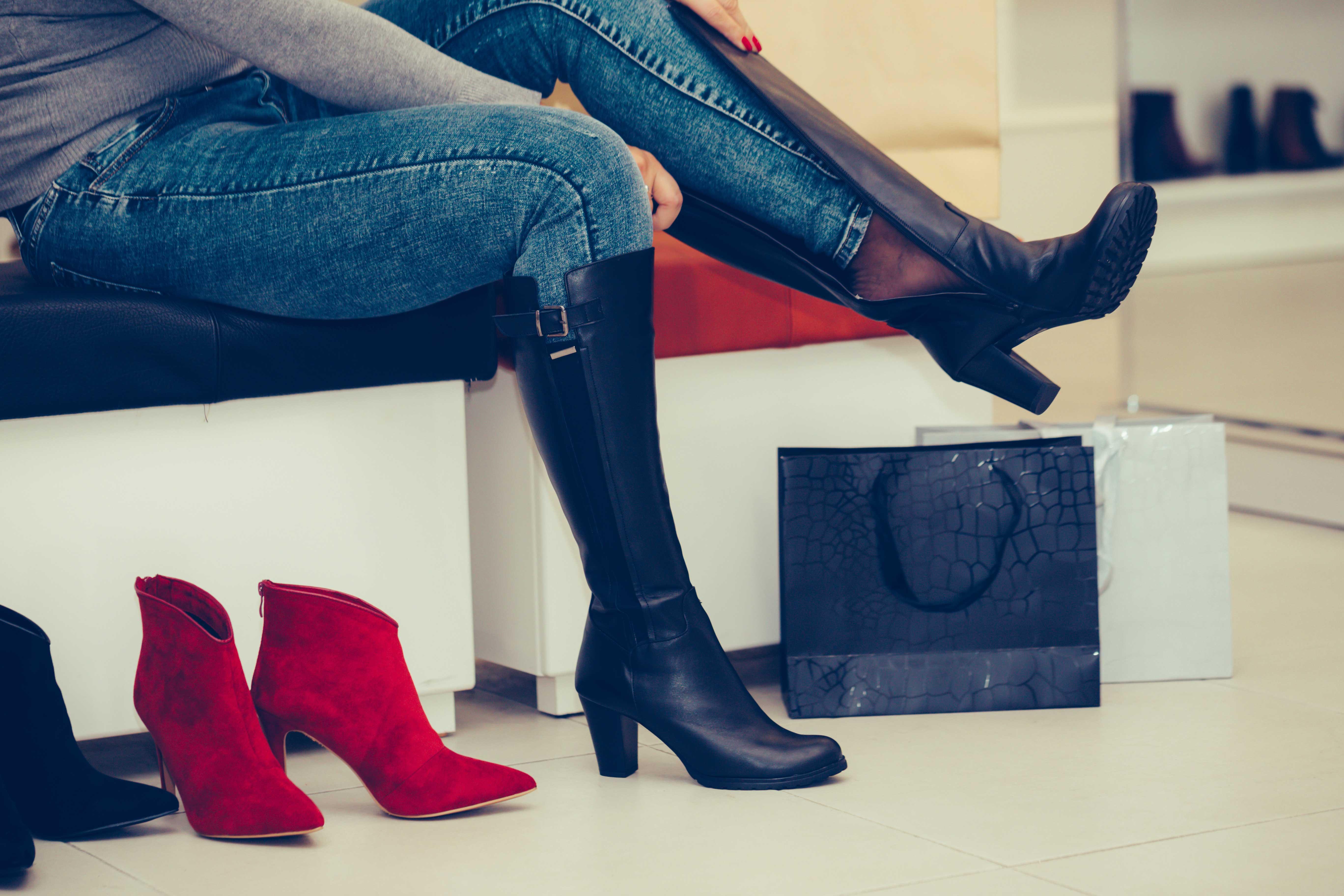 冬の定番「ブーツ」の種類を比較 今季のトレンドはロングブーツが復活!?