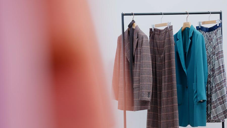 人気急上昇のセットアップ 面接での着用は不適切?スーツとの違いも解説